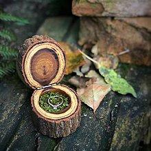 Prstene - Drevená krabička na zásnubný prsteň - agát - 9904553_
