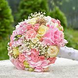 Bledoružová svadobná kytica
