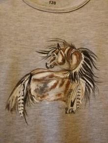 Detské oblečenie - Ležiaci indiánsky koník-detské tričko - 9905768_