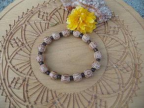 Náramky - náramok z kokosových korálok - 9906157_