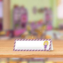 Papiernictvo - Minimalistická menovka do lavice pre prváčikov - dievča - 9905301_
