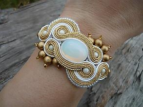 Náramky - Soutache Svadobný náramok Luxury White Opal&Gold - 9910493_