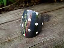 Prstene - Drevený prsteň s bielymi bodkami - 9910521_