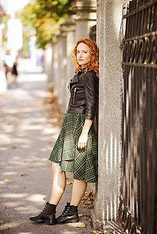 Sukne - asymetrická zavinovacia sukňa (zelené káro) - 9908988_