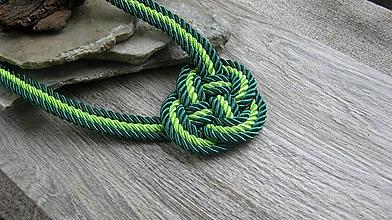 Náhrdelníky - Uzlový náhrdelník hrubý z troch šnúr 5mm (Zelený č. 2367) - 9909552_