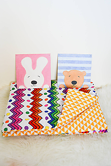 Textil - Paplónik... pestrý cik-cak  a trojuholníky - 9911270_