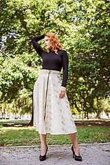 Sukne - midi sukňa s výrazným zipsom