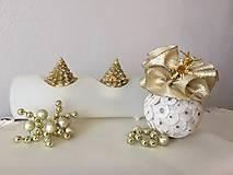 Dekorácie - Vianočná guľa I (zlatá) - 9911768_