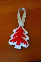 Nezaradené - Vianočná ozdôbka z filcu - stromček - 9911640_