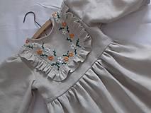Detské oblečenie - Ľanové ručne vyšívané šatočky - 9910904_