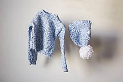Detské oblečenie - Svetrík modráčik - 9915352_