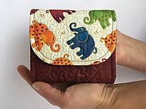 Peňaženky - Quiltovaná priehradková peňaženka - sloník - 9918103_