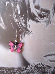 Náušnice - Náušnice - motýlik magenta - 9918679_