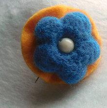 Odznaky/Brošne - brož kvietok nebíčkovo modrý - 9918315_