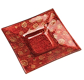 Svietidlá a sviečky - Sklenený svietnik červený- dekor zlaté špirálky - 9921245_