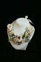 Náhrdelníky - Romantický kvetinový náhrdelník - 9925231_