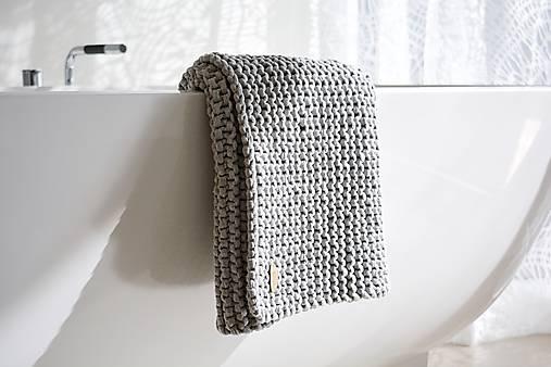 Pletený koberček/predložka - sivá