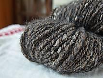 Materiál ručne robený - Hnedá tvídová trojnitka, 162g - 9923213_