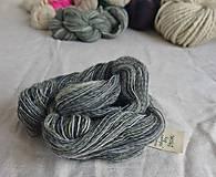 Materiál ručne robený - Polwarth, ručne farbený, 80g - 9923748_