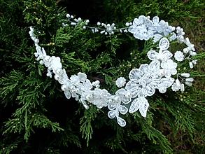 Ozdoby do vlasov - svadobný čipkový venček do vlasov - Ivory - 9930639_
