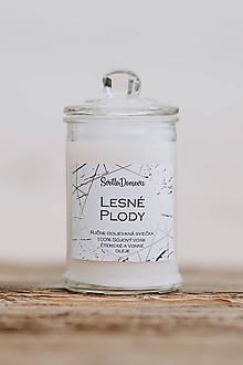 Svietidlá a sviečky - Sviečka zo sójového vosku v skle - Lesné Plody - 9930290_