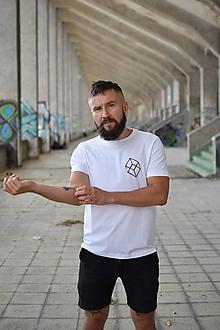 Tričká - Pánske tričko BEHIND - 9929722_