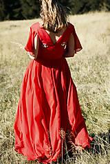 Šaty - Ručne vyšívané červené šaty - 9933556_