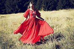 Šaty - Ručne vyšívané červené šaty - 9933560_