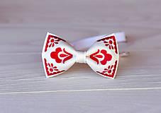 Doplnky - Pánsky vyšívaný motýlik v rôznych farbách - 9934043_