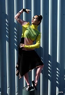 Svetre/Pulóvre - HOUME-pulover  s geometrickým dělením - 9932081_