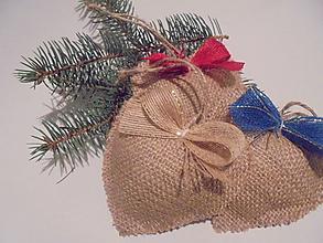 Dekorácie - Jutové vianočné srdiečko - 9933806_
