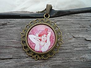 Náhrdelníky - VÝPREDAJ! Filigránový náhrdelník Alphons Mucha Dáma - 9937892_