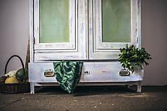 Nábytok - Vintage Skriňa - 9936615_