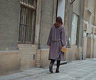 Kabáty - Oversize zavinovací kabát - 9935177_