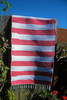 Úžitkový textil - Tkaný koberec červeno - biely - 9935430_