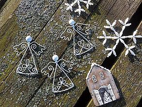 Dekorácie - anjelikovia z truhlice starej mamy...vintage - 9940651_