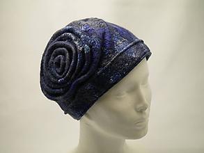 Čiapky - Dámska vintage modrá čiapka - 9940702_