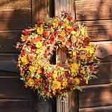 Dekorácie - Jesenný prírodný venček - 9941906_