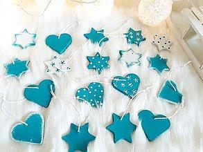 Dekorácie - Vianočné hlinené srdiečka a hviezdy  rozprávkové vianoce (Tyrkysová) - 9939305_