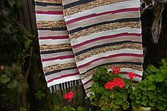 Úžitkový textil - Tkaný koberec červeno-hnedo-maslovo-čierny - 9938794_
