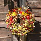 Dekorácie - Jesenný prírodný venček - 9943194_