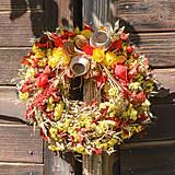 Dekorácie - Jesenný prírodný venček - 9943280_