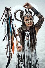 Ozdoby do vlasov - Výrazná koruna z kolekcie Halloween Šamanka - 9945684_