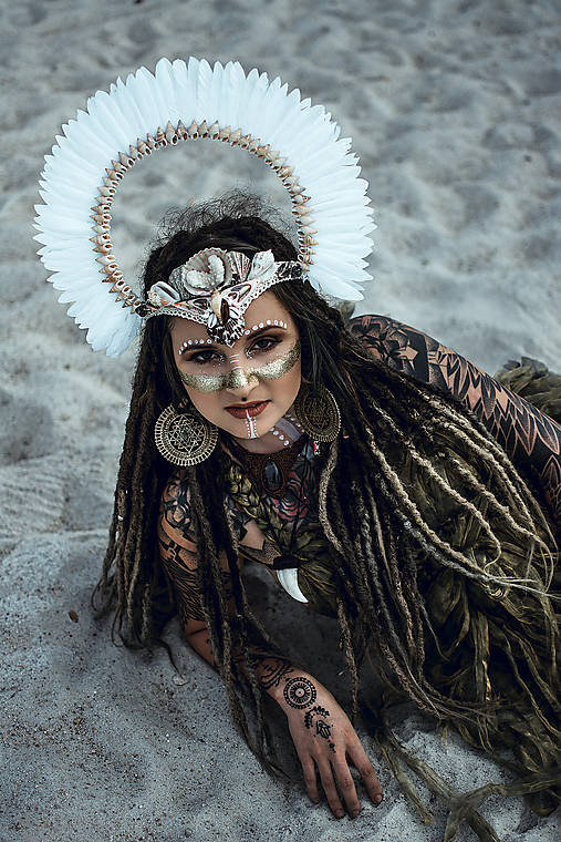 Koruna z kolekcie Halloween Šamanka