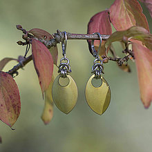 Náušnice - Simply (Chirurgická ocel+titan) - náušnice (zelenožluté) - 9949276_