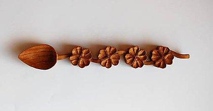Dekorácie - Drevená lyžica - Štyri štvorlístky predaná - 9948616_