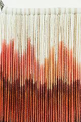 """Dekorácie - Nástenná dekorácia z dreva a vlny """"Rubínová krajina"""" - 9949284_"""