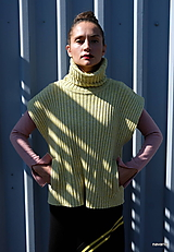 FANO- žebrovaný svetr bez rukávů s kapsami