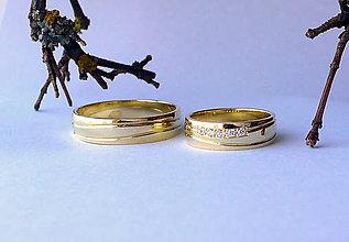 Prstene - obrúčky žlté zlato a vlnky - 9946781_