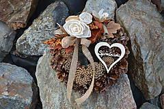 - Prírodný smútočný venček so srdcom Spomíname - 9948459_